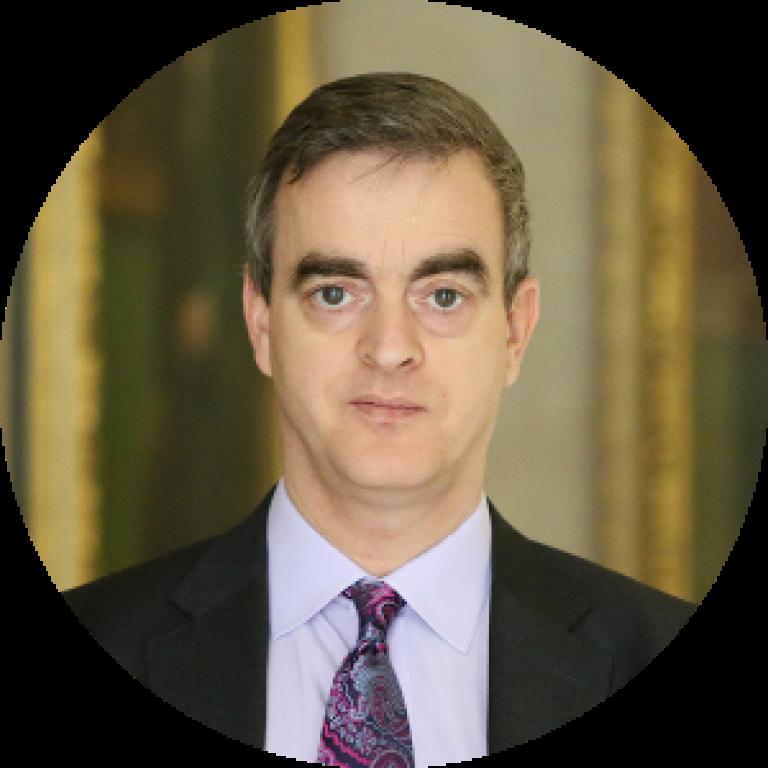 Dr. Michael Kumhof